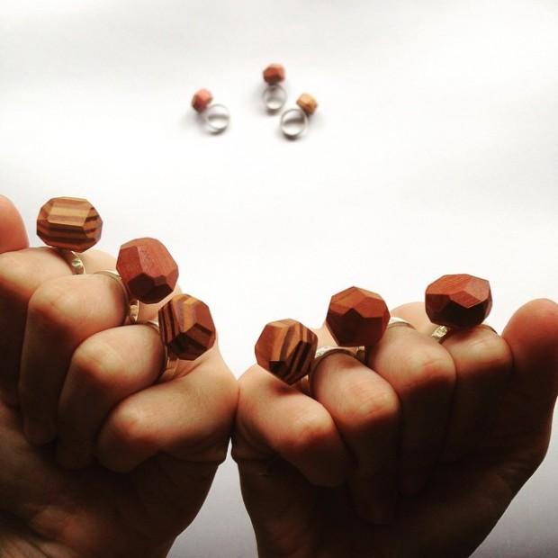 Madeiras descartadas viram joias incríveis do Estúdio Ripa